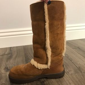 Ugg Boots with the Fur.